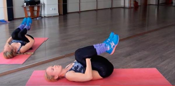 Лечебная гимнастика окажет помощь в лечении защемления седалищного нерва