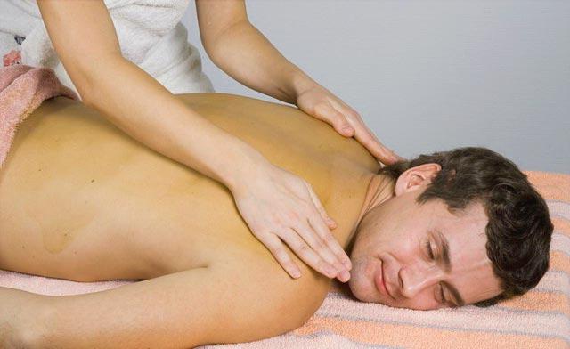 Поглаживание при массаже