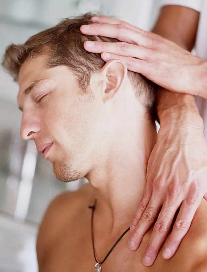 Лечение шеи мануалом