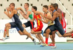 Бегущие спортсмены