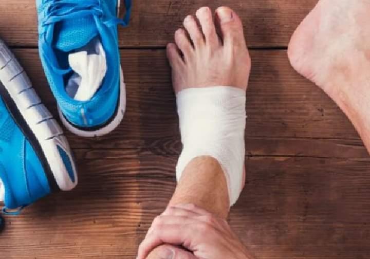 Чем грозит разрыв связок голеностопного сустава? Симптомы и лечение Фото