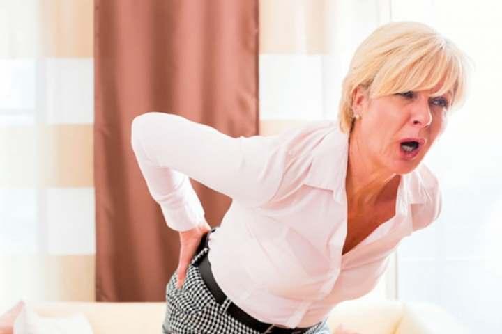 Люмбаго — что это такое, симптомы и причины возникновения